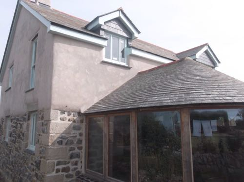 Lime rendering a property in cornwall